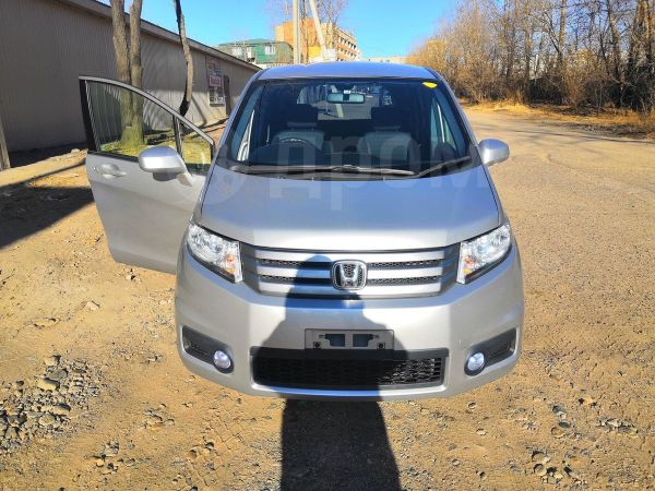 Honda Freed Spike, 2010 год, 629 000 руб.