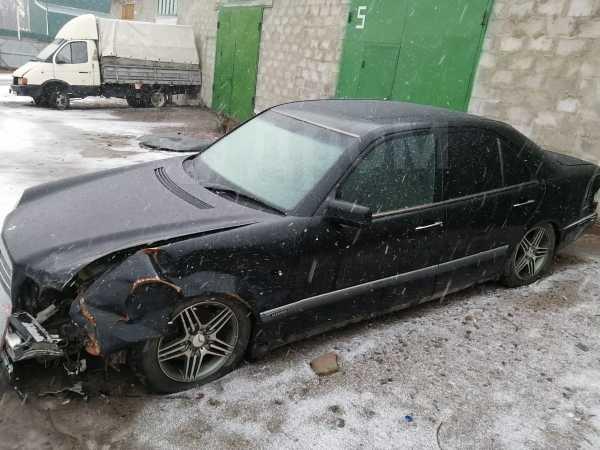 Mercedes-Benz E-Class, 1999 год, 70 000 руб.