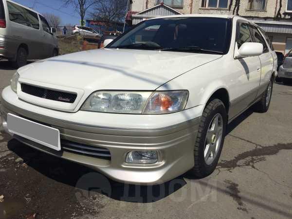 Toyota Mark II Wagon Qualis, 1998 год, 285 000 руб.