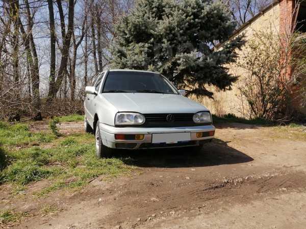 Volkswagen Golf, 1997 год, 135 000 руб.