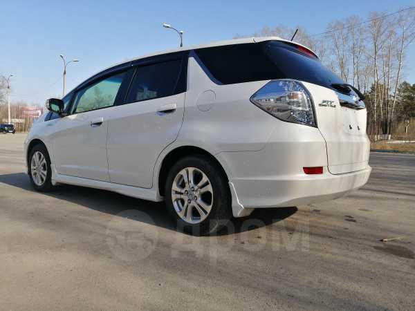 Honda Fit Shuttle, 2012 год, 645 000 руб.