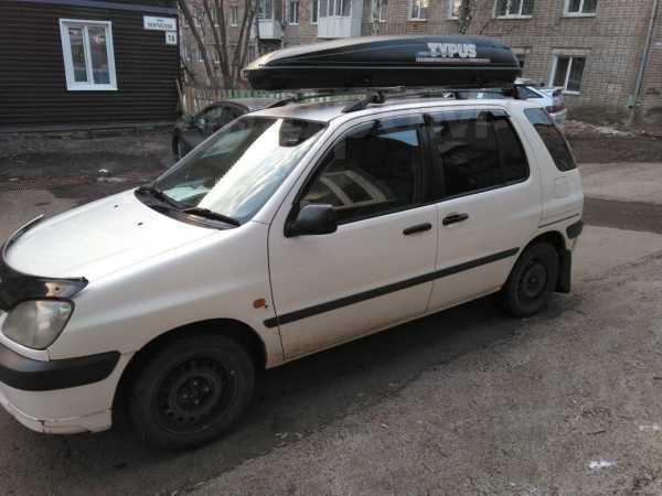 Toyota Raum, 2000 год, 215 000 руб.