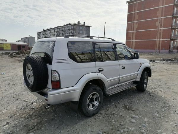 Toyota Land Cruiser Prado, 1998 год, 700 000 руб.