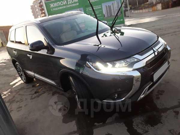 Mitsubishi Outlander, 2019 год, 2 100 000 руб.