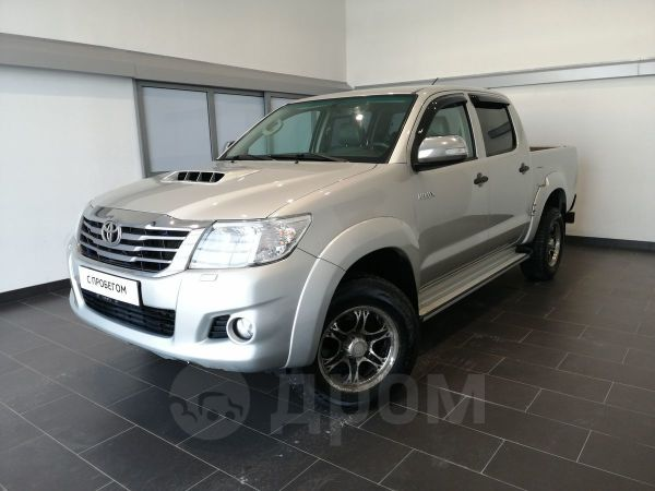 Toyota Hilux Pick Up, 2013 год, 1 030 000 руб.