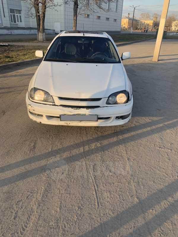 Toyota Avensis, 1998 год, 110 000 руб.
