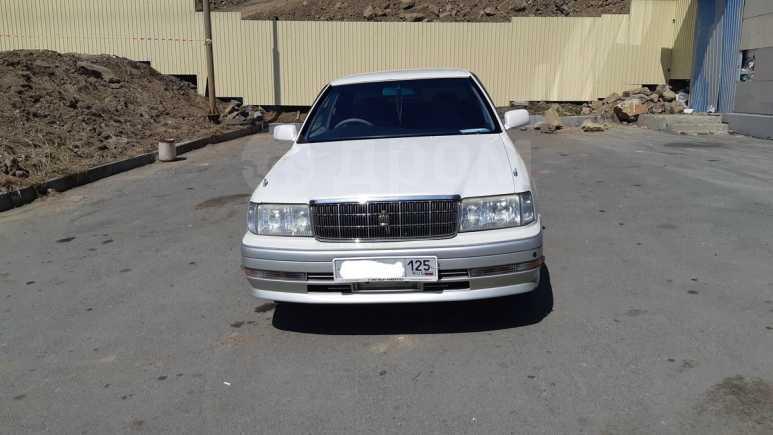 Toyota Crown, 1997 год, 275 000 руб.