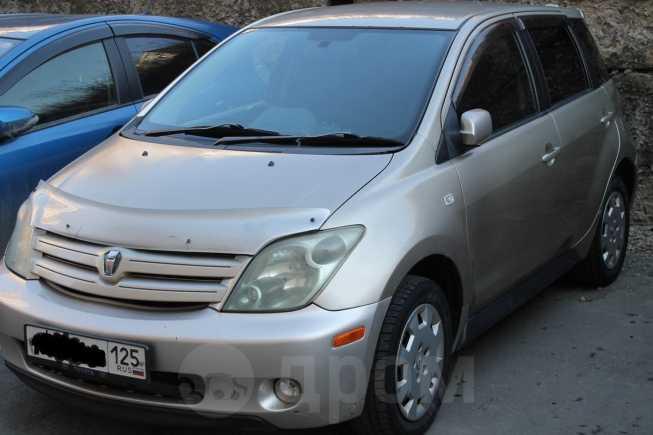 Toyota ist, 2003 год, 250 000 руб.
