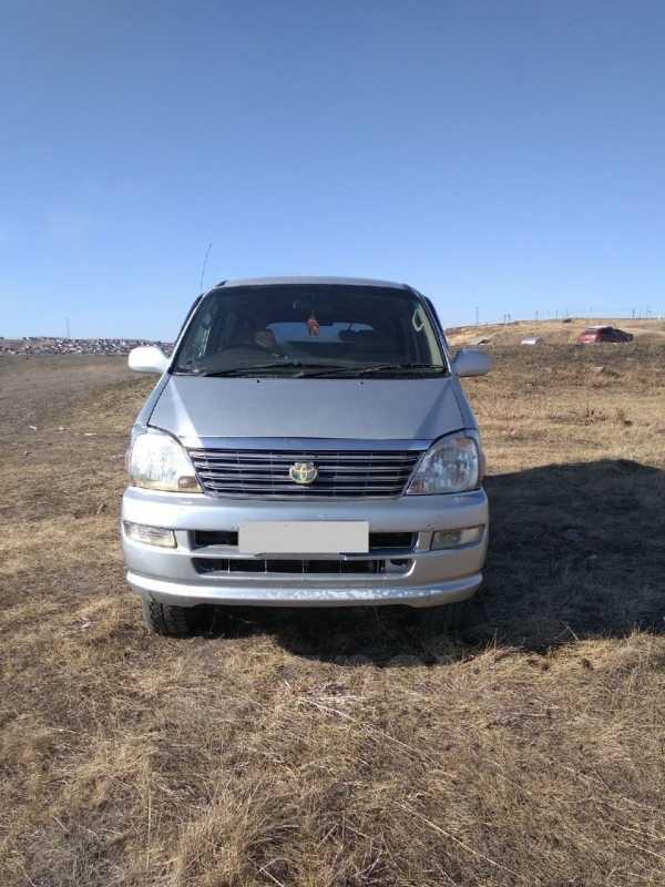 Toyota Hiace Regius, 2000 год, 520 000 руб.