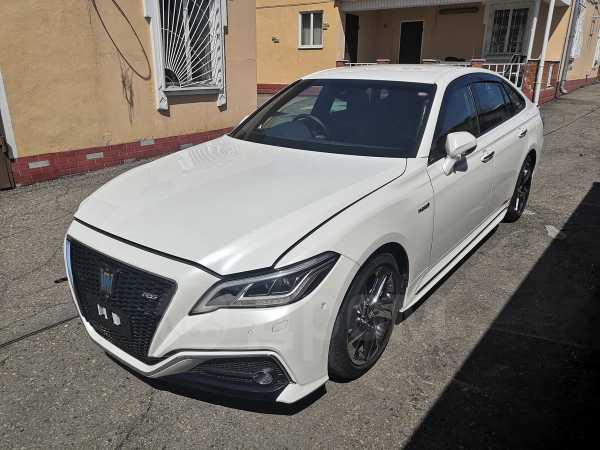 Toyota Crown, 2019 год, 2 300 000 руб.