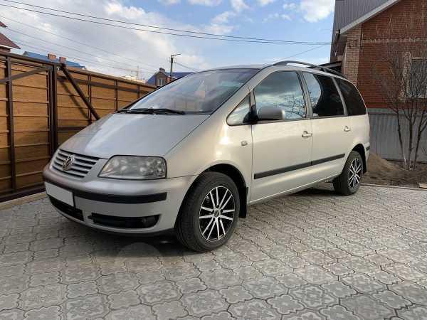 Volkswagen Sharan, 2002 год, 365 000 руб.