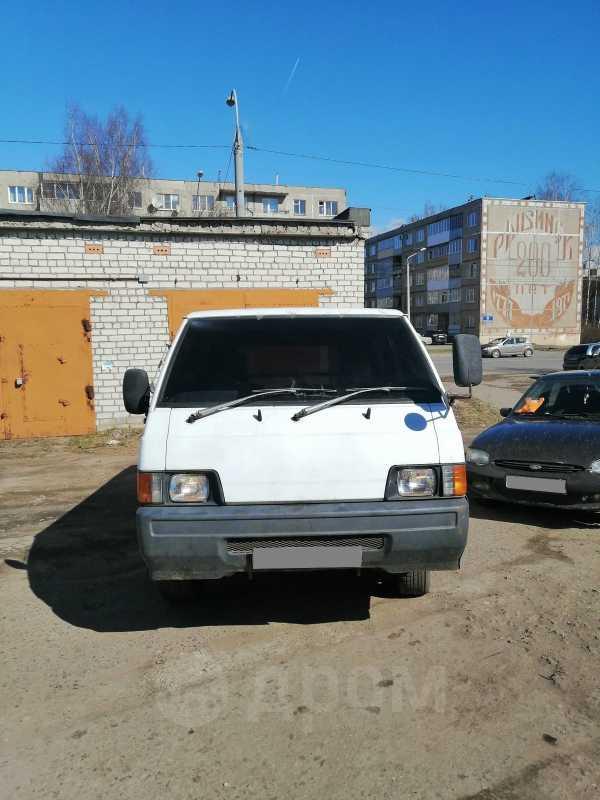 Mitsubishi Delica, 1989 год, 140 000 руб.