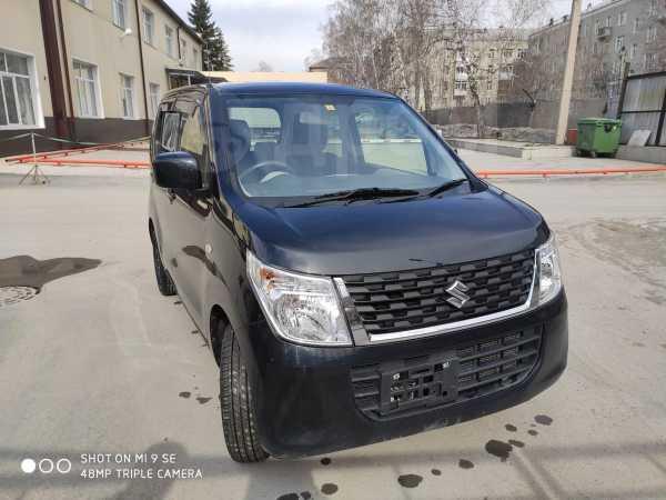 Suzuki Wagon R, 2015 год, 450 000 руб.