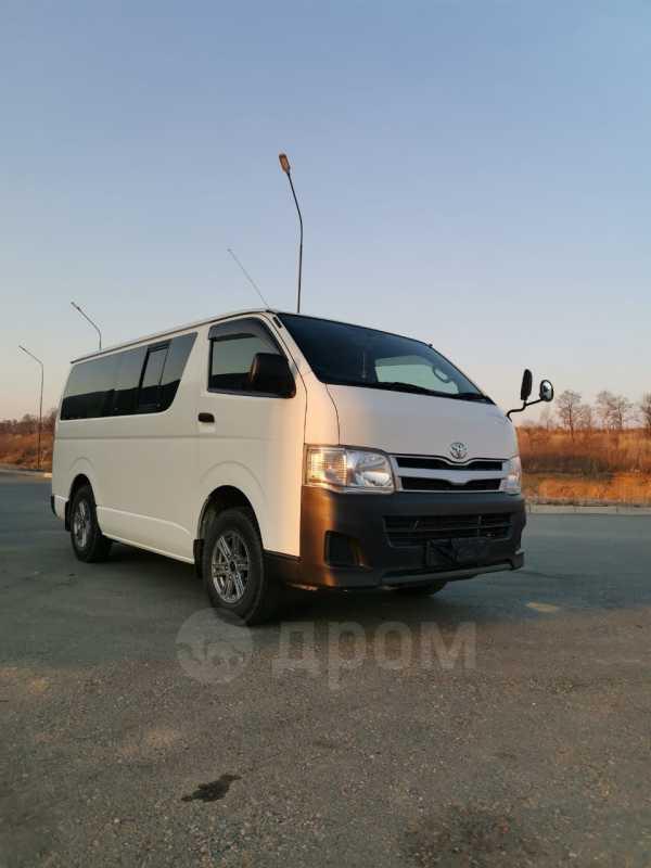 Toyota Hiace, 2011 год, 1 220 000 руб.