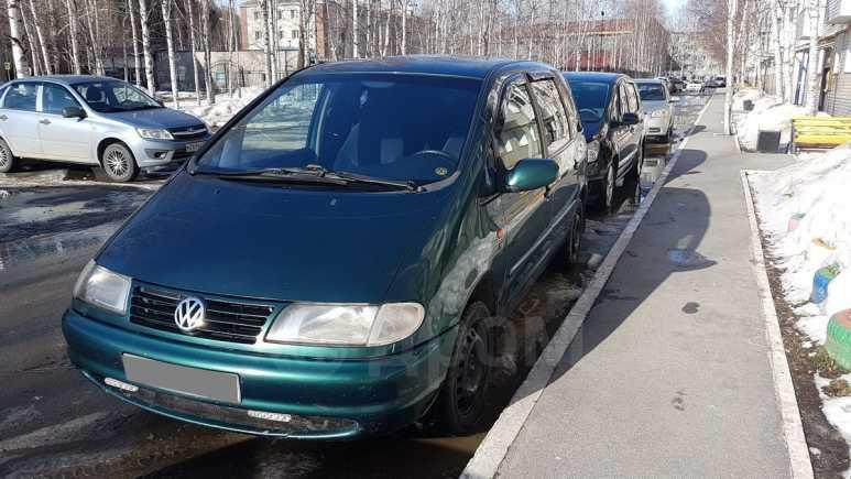 Volkswagen Sharan, 1997 год, 240 000 руб.