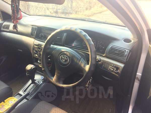 Toyota Corolla Fielder, 2003 год, 290 000 руб.