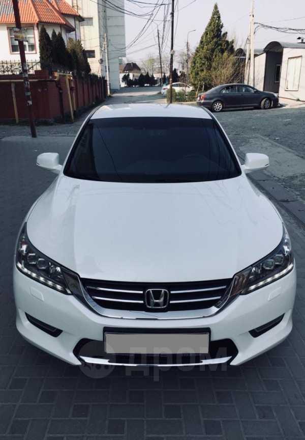 Honda Accord, 2013 год, 900 000 руб.