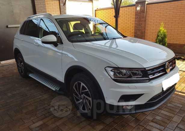 Volkswagen Tiguan, 2018 год, 1 490 000 руб.