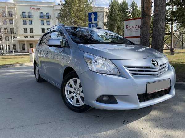 Toyota Verso, 2010 год, 659 000 руб.