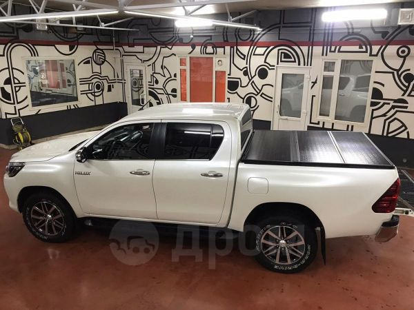 Toyota Hilux Pick Up, 2016 год, 2 100 000 руб.