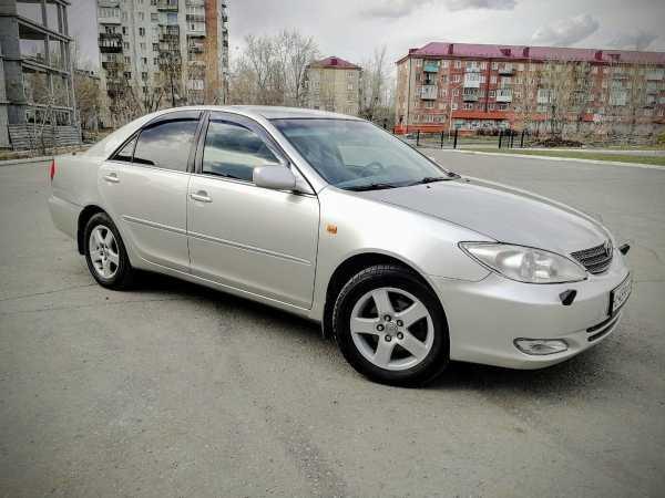 Toyota Camry, 2002 год, 465 000 руб.