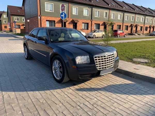 Chrysler 300C, 2007 год, 800 000 руб.