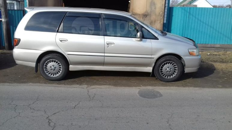 Nissan Bassara, 1999 год, 385 000 руб.
