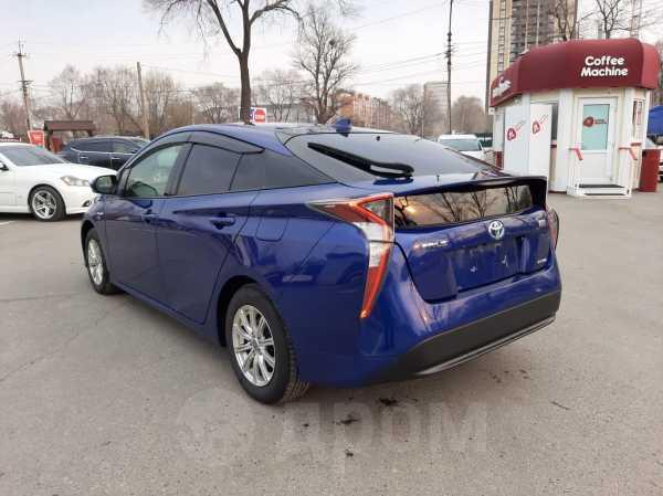 Toyota Prius, 2016 год, 1 060 000 руб.