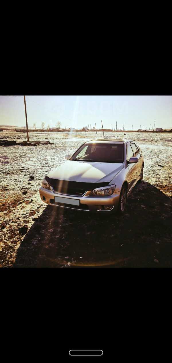 Toyota Altezza, 2000 год, 370 000 руб.