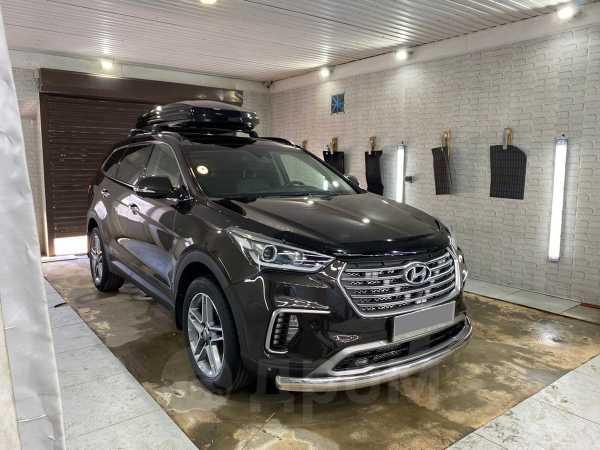 Hyundai Grand Santa Fe, 2017 год, 1 800 000 руб.