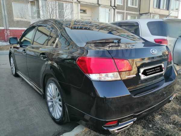 Subaru Legacy B4, 2010 год, 900 000 руб.