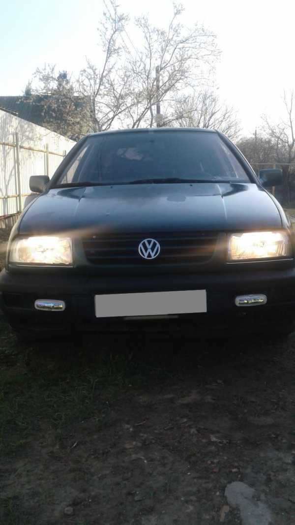 Volkswagen Vento, 1995 год, 135 000 руб.
