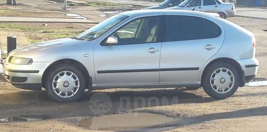 SEAT Leon, 2002 год, 195 000 руб.