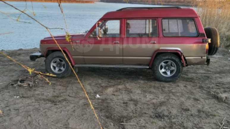 Nissan Safari, 1988 год, 280 000 руб.