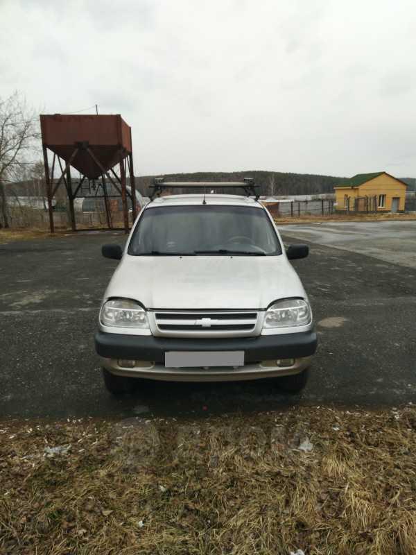 Chevrolet Niva, 2003 год, 165 000 руб.
