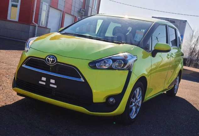 Toyota Sienta, 2016 год, 900 000 руб.