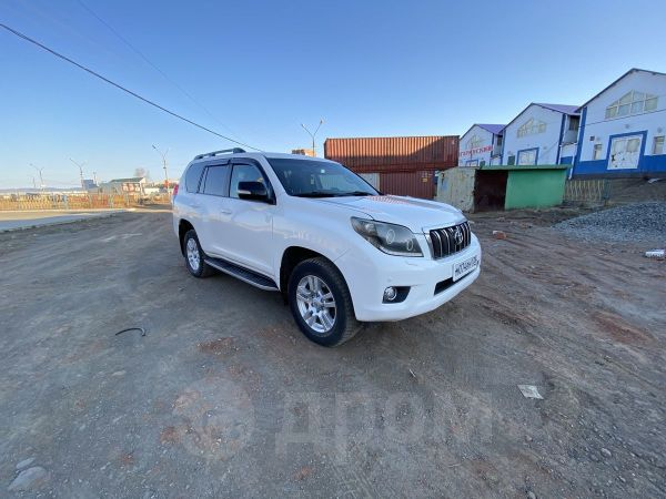 Toyota Land Cruiser Prado, 2012 год, 1 450 000 руб.