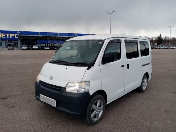 Toyota Town Ace, 2012 год, 530 000 руб.