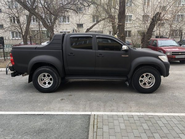 Toyota Hilux Pick Up, 2013 год, 1 990 000 руб.