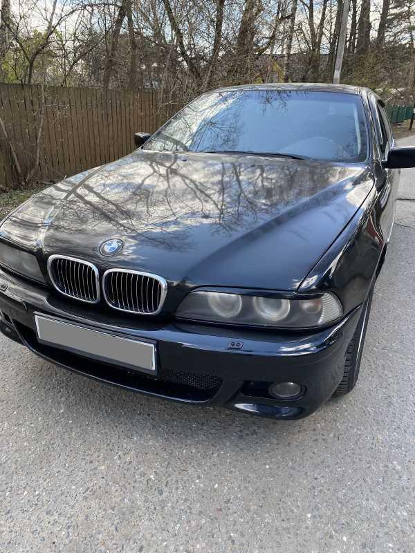 BMW 5-Series, 2002 год, 290 000 руб.