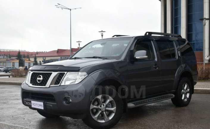 Nissan Pathfinder, 2010 год, 877 000 руб.