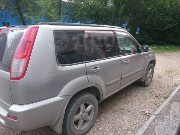 Nissan X-Trail, 2000 год, 390 000 руб.