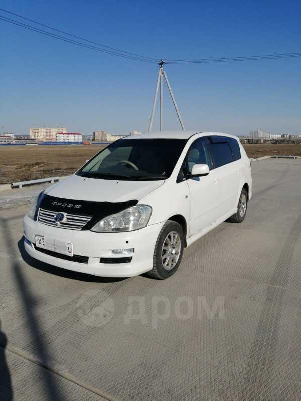 Toyota Ipsum, 2005 год, 600 000 руб.