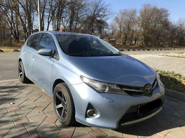Toyota Auris, 2013 год, 710 000 руб.