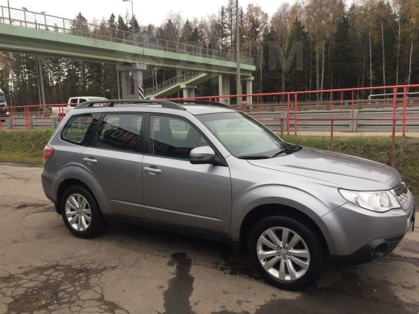 Subaru Forester, 2011 год, 899 000 руб.