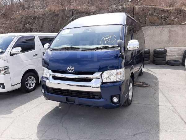 Toyota Hiace, 2015 год, 2 000 000 руб.