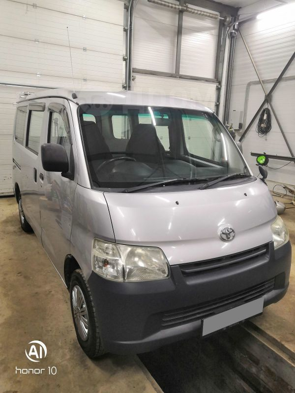 Toyota Town Ace, 2008 год, 415 000 руб.