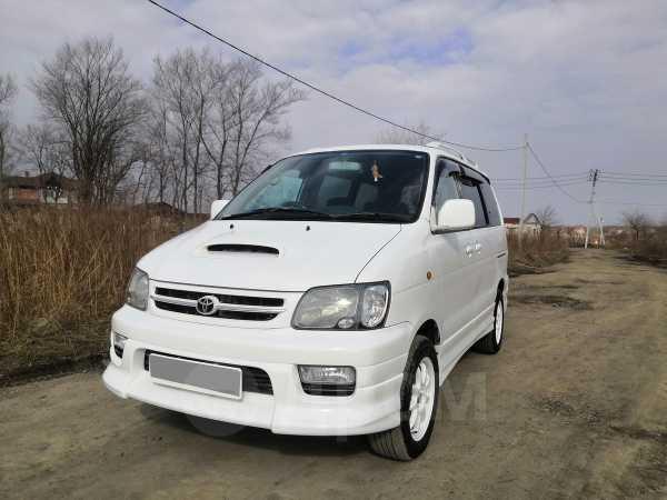 Toyota Lite Ace Noah, 1999 год, 493 000 руб.