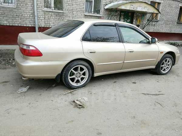 Honda Accord, 2000 год, 250 000 руб.