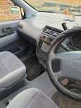 Toyota Ipsum, 2000 год, 260 000 руб.